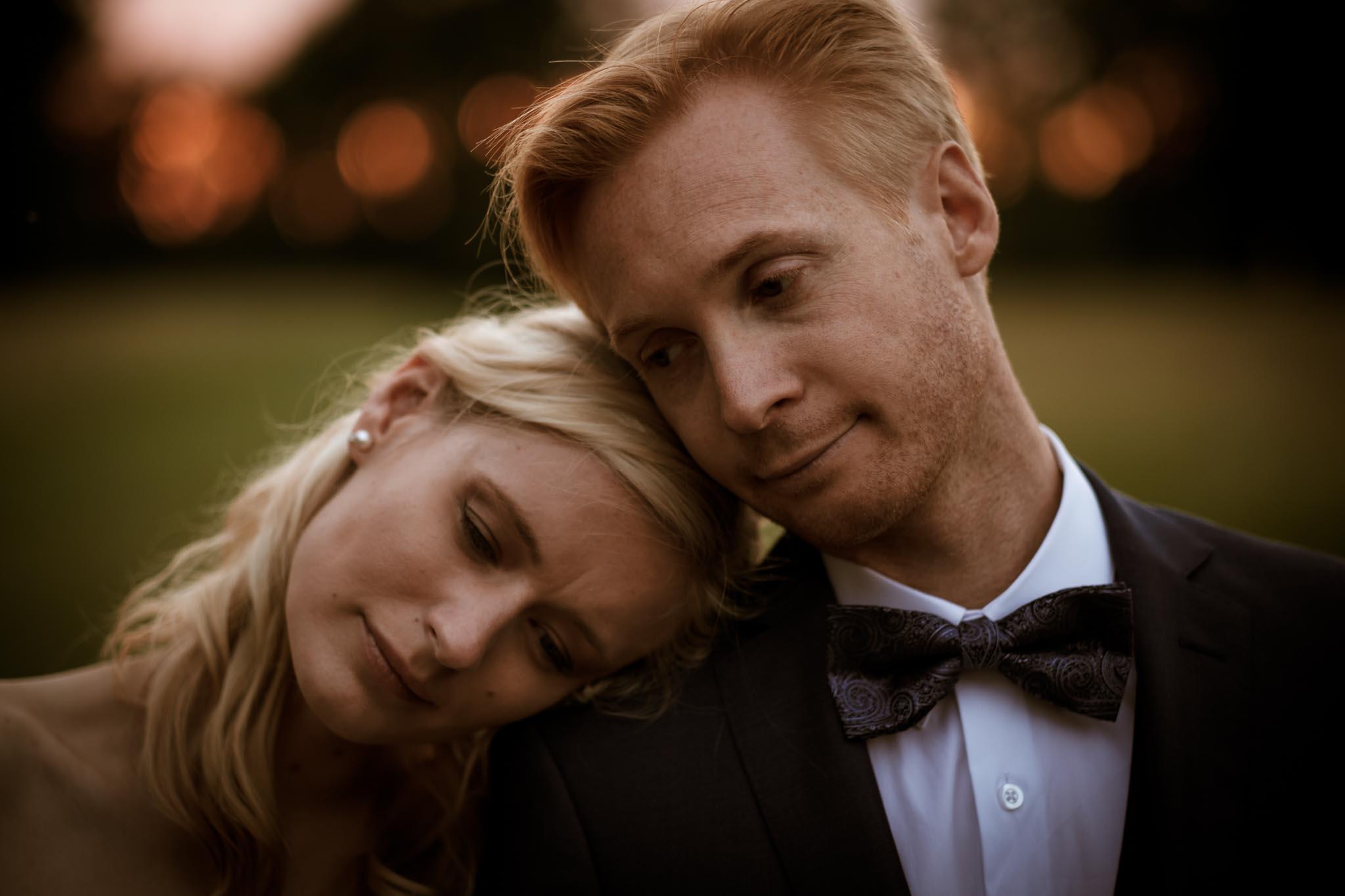 portraits de jeunes mariés inspirés du film Twilight au Château de Vair à Anetz par Geoffrey Arnoldy photographe
