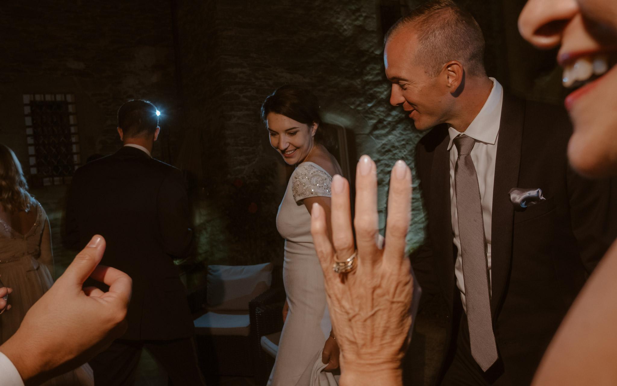 photographies d'un mariage américain au Château de l'Epinay à Saint Georges-sur-Loire